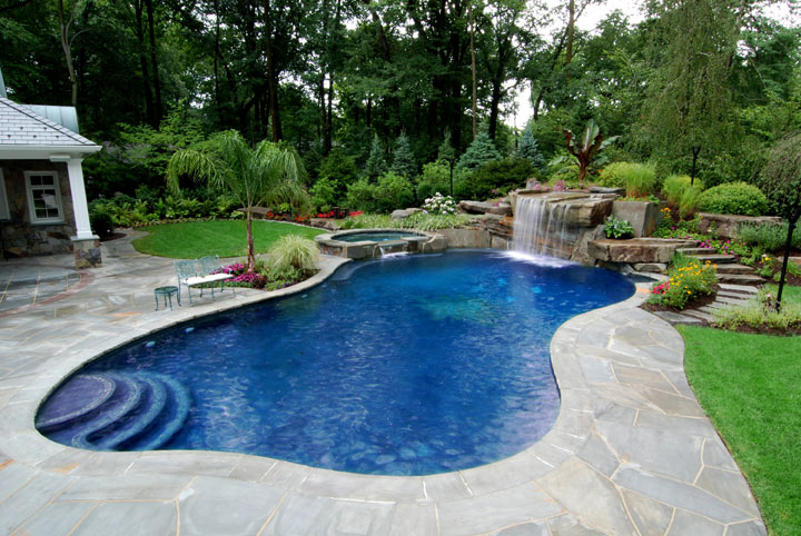 Is Every Trinity Pool Builder The Same?