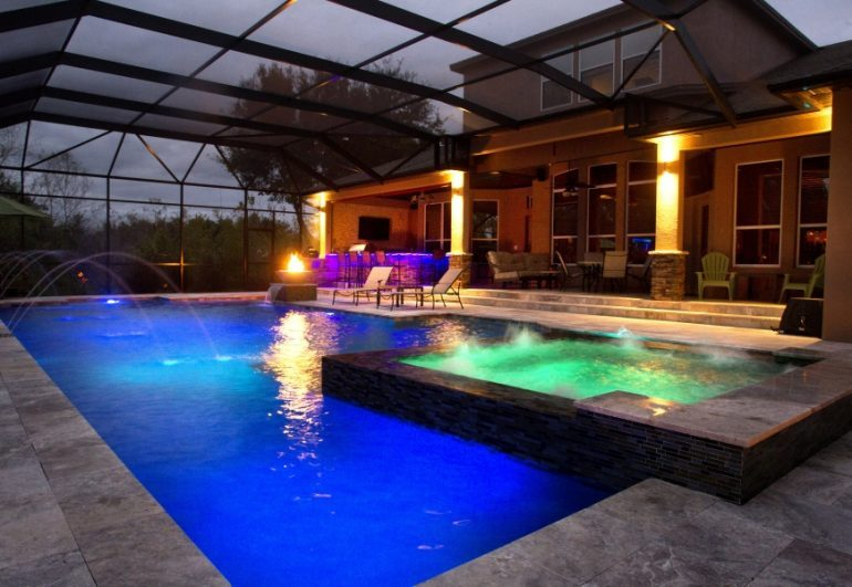 What you need to know about swimming pools in tampa for Pool design tampa
